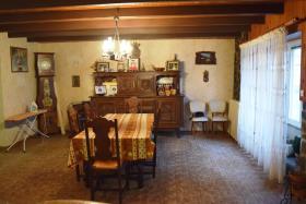 Image No.6-Maison de 8 chambres à vendre à Trébrivan