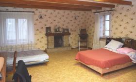 Image No.12-Maison de 8 chambres à vendre à Trébrivan