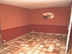 Image No.1-5 Bed Restaurant for sale