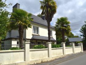 Moustoir-Remungol, House