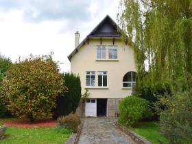 Image No.1-4 Bed House for sale