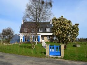 Image No.0-Maison de 5 chambres à vendre à Callac