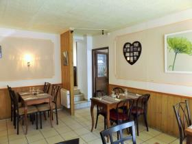 Image No.5-5 Bed Restaurant for sale