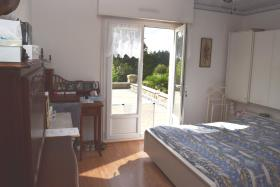 Image No.10-7 Bed House for sale