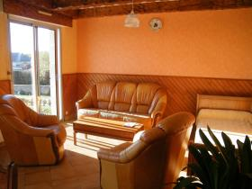 Image No.12-6 Bed House for sale