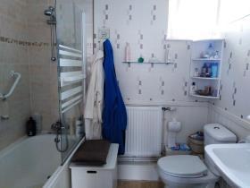 Image No.14-Maison de 4 chambres à vendre à Pont-Melvez