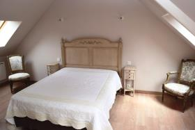 Image No.21-7 Bed House for sale