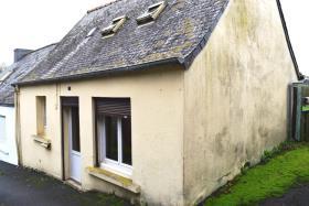 Image No.0-Maison de 1 chambre à vendre à Poullaouen