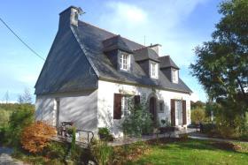 Image No.0-Maison de 5 chambres à vendre à Spézet