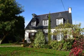 Image No.1-Maison de 5 chambres à vendre à Spézet