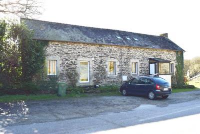 1 - Cléden-Poher, House