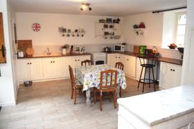 Image No.5-Maison de 8 chambres à vendre à Saint-Allouestre