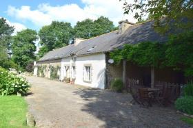 Image No.1-Maison de 8 chambres à vendre à Saint-Allouestre