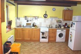 Image No.2-Maison de 2 chambres à vendre à Poullaouen
