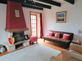 Image No.3-Maison de 2 chambres à vendre à Maël-Carhaix