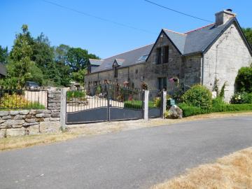 1 - Plouray, House