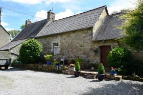 Image No.0-Maison de 4 chambres à vendre à Glomel