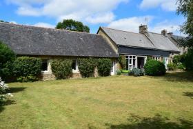 Image No.1-Maison de 4 chambres à vendre à Glomel