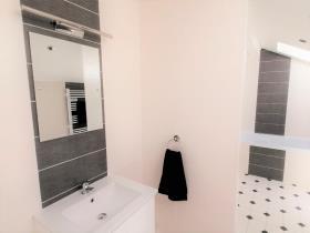 Image No.9-Maison de 10 chambres à vendre à Callac