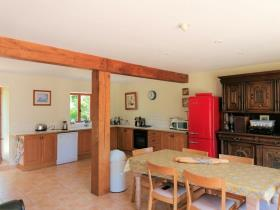 Image No.3-8 Bed House for sale