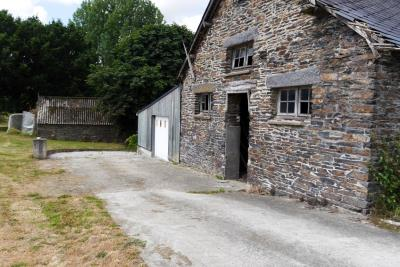 15926-Hangar-et-garage