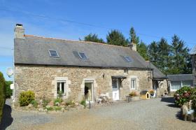 Image No.1-Maison de 5 chambres à vendre à Bourbriac