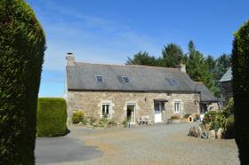 Image No.2-Maison de 5 chambres à vendre à Bourbriac