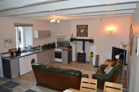 Image No.18-Maison de 5 chambres à vendre à Bourbriac