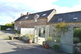 Image No.1-Maison de 5 chambres à vendre à Langast