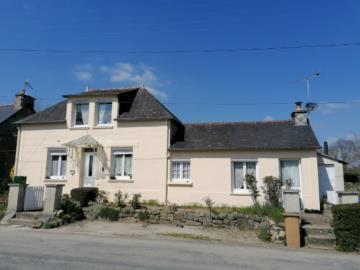 1 - Rostrenen, House