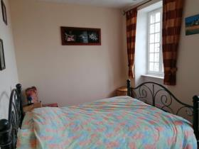 Image No.32-6 Bed House for sale