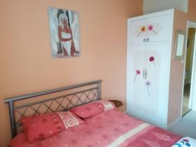 Image No.35-6 Bed House for sale