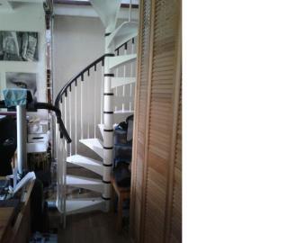 16004-escalier-salon