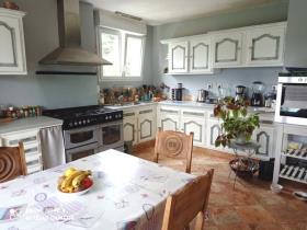 Image No.8-Maison de 5 chambres à vendre à Guiscriff