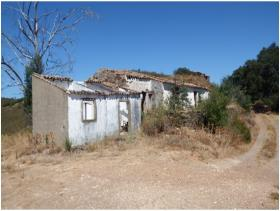 Image No.0-Farmhouse for sale