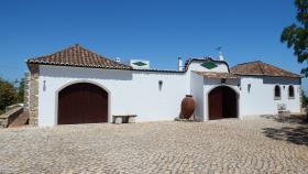 Moncarapacho, Country House