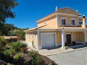 Image No.1-Villa de 3 chambres à vendre à Santa Catarina da Fonte do Bispo