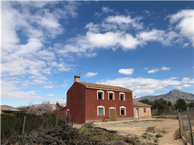 Jumilla, Villa