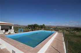 Image No.18-Villa de 5 chambres à vendre à Yecla