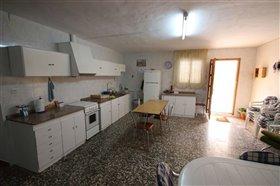 Image No.23-Villa de 5 chambres à vendre à Yecla