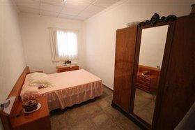 Image No.28-Villa de 5 chambres à vendre à Yecla