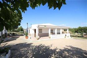Image No.3-Villa de 5 chambres à vendre à Yecla