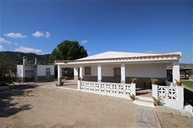 Image No.5-Villa de 5 chambres à vendre à Yecla