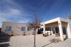 Image No.4-Villa de 4 chambres à vendre à Monóvar