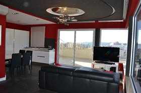 Image No.0-2 Bed Penthouse for sale