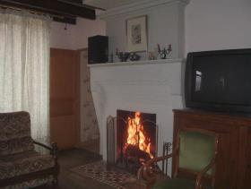 Image No.15-4 Bed Country House for sale