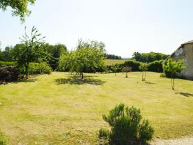 Image No.5-5 Bed Country Property for sale