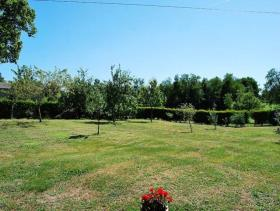 Image No.8-5 Bed Country Property for sale