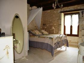 Image No.4-4 Bed Country Property for sale
