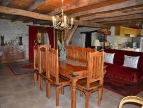 Image No.6-4 Bed Country Property for sale